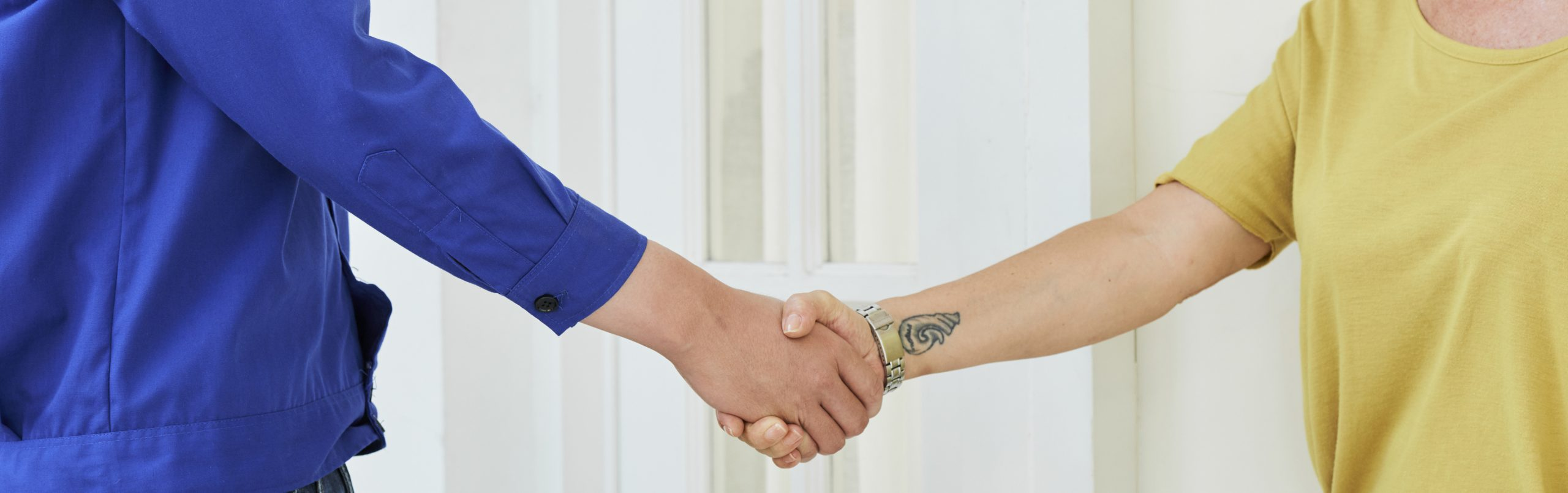 CustomerHandShake